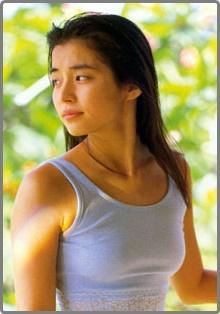 画像50枚】石田ゆり子写真集がすごい!美人&綺麗な画像を厳選
