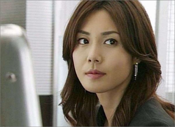 比較画像、松嶋菜々子は若い頃より劣化して老けた!